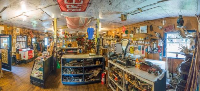 inside-brent-store
